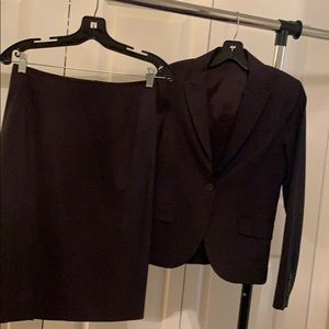 Theory Two-Piece Suit (size 0/2)